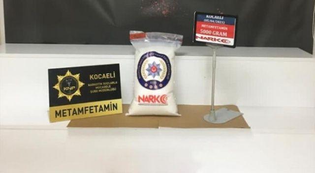 5 kilo uyuşturucu ile yakalanan 3 kişi gözaltına alındı