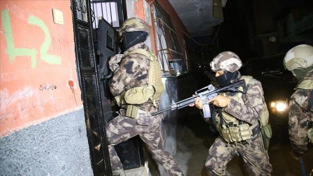 Adana'da terör örgütü PKK/KCK operasyonunda 10 şüpheli yakalandı