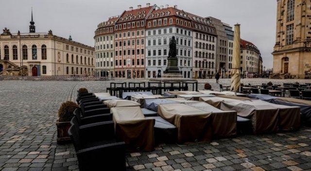 Almanya'da son 24 saatte koronavirüsten 331 kişi öldü