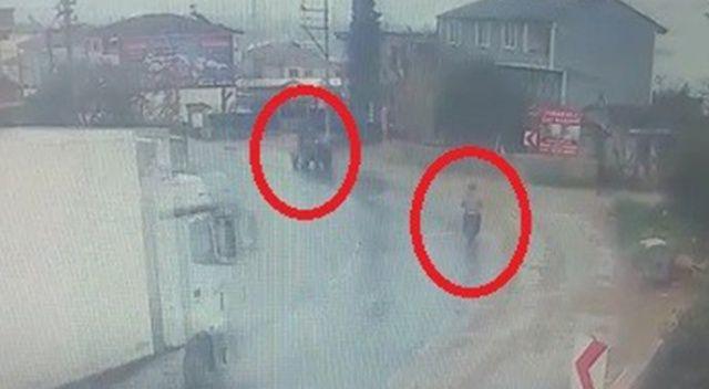 Bursa'da TIR dehşeti...2 kişinin yaralandığı anlar kamerada