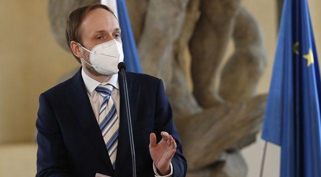 Çekya, Rus diplomatları sınır dışı etmeye devam kararı aldı