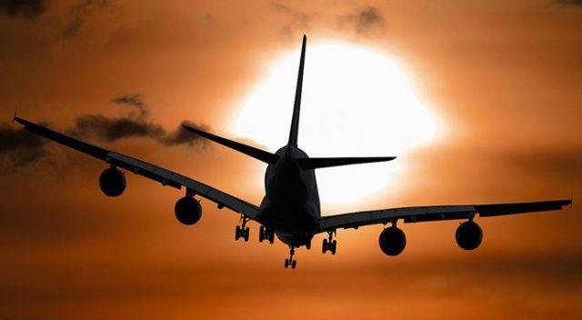 Covid uçağı: En az 53 yolcunun testi pozitif çıktı