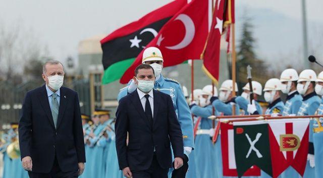 Batı Libya'ya döndü, Libya Türkiye'ye. Ankara'da kardeşlik pozları