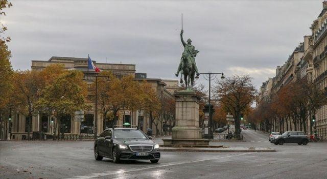 Fransa'da son 24 saatte 43 bin 284 Covid-19 vakası görüldü