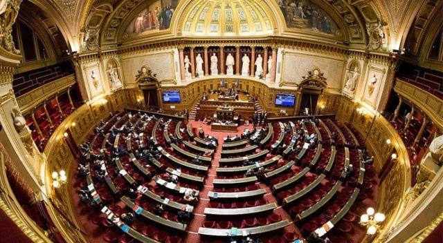 Fransız Senatosu 'ayrılıkçı' yasa tasarısını onayladı