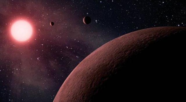 Futbol sahası büyüklüğündeki asteroit Dünya'ya hızla yaklaşıyor