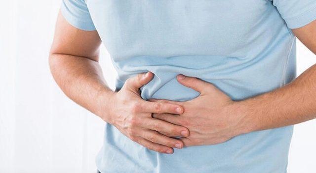 Gastrit ve ülser sorunu olanlara 'fazla yemek' uyarısı