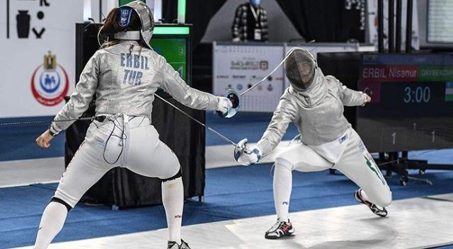 Genç Kadınlar Kılıç Takımı, dünya dördüncüsü oldu