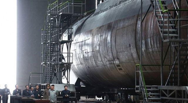 """Güney Kore istihbaratı: """"Kuzey Kore 3 bin tonluk balistik füze denizaltısının montajını tamamladı"""""""