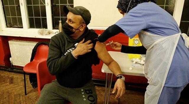 İngiltere'de örnek hassasiyet! Oruçluya özel aşı merkezleri
