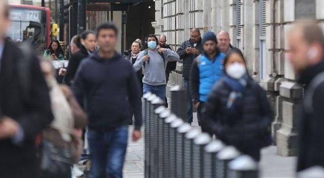 İngiltere'de yazın koronavirüste üçüncü dalga bekleniyor