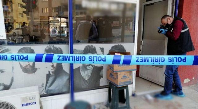 İş yerinde çalışan berber sırtından 4 kez bıçaklandı