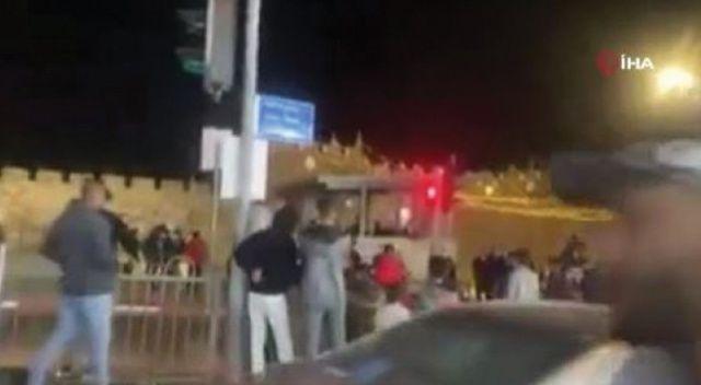 İsrail güçleri, teravih namazından çıkan Filistinlilere saldırdı