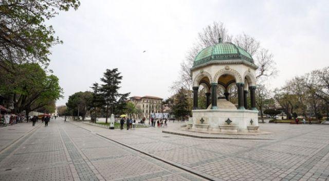 İstanbul'da cadde ve meydanlarda kısıtlama sakinliği