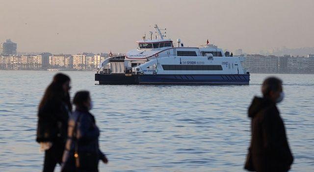İzmir'de vapur seferleri durduruldu