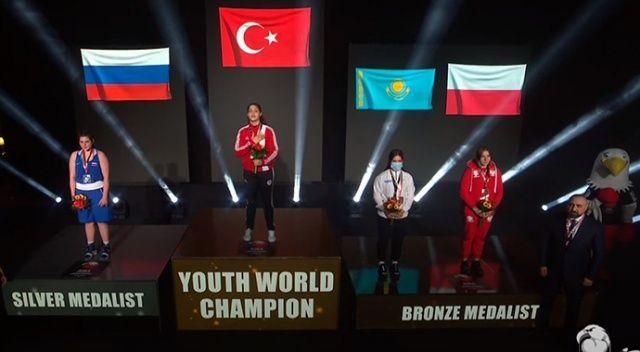 Milli boksçu Büşra Işıldar Dünya Şampiyonu oldu