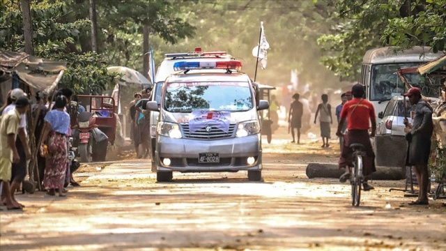 Myanmar'da nüfusun yarısı 2022'ye kadar yoksulluk sınırının altında kalabilir