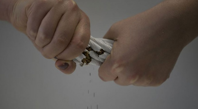 Sağlık Bakanlığı: Sigara, Covid-19'a yakalanma riskini artırıyor