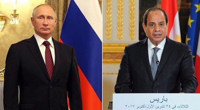 Sisi ve Putin iki ülke arasındaki hava trafiğini 5,5 yıl sonra yeniden başlatma konusunda anlaştı
