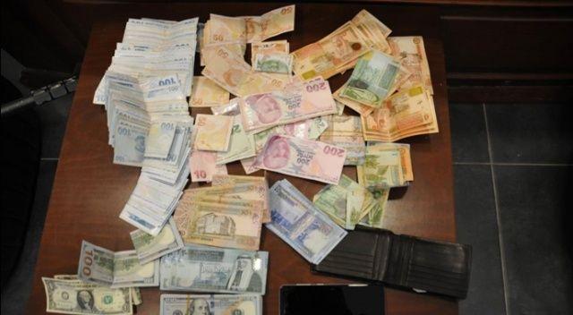 Taksiciden örnek davranış: 200 bin lirayı sahibine ulaştırdı