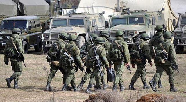 """Ukrayna'dan Rusya'ya """"askeri birliklerini sınırdan çek"""" çağrısı"""