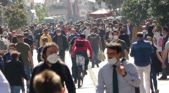 İstiklal Caddesi'nde kapanma yoğunluğu