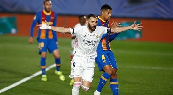 La Liga'da El Clasico'yu kazanan Real Madrid liderliğe yükseldi