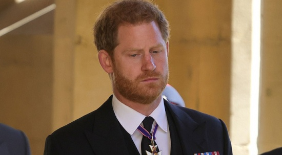 Prens Harry ABD'ye kraliyet ailesindeki problemlerini çözemeden döndü