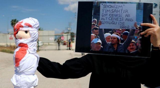ABD Konsolosluğu önünde anlamlı protesto