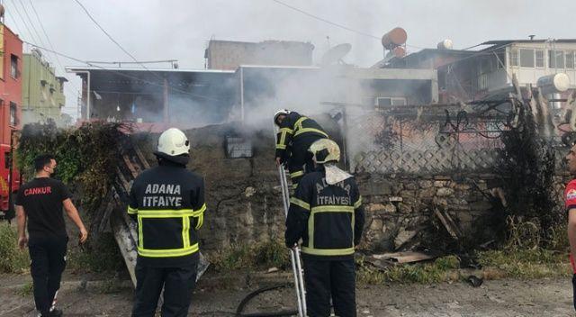 Adana'da bir evin deposunda yangın