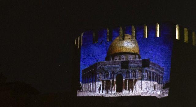 Ankara Kalesi'ne Filistin için Mescid-i Aksa görseli yansıtıldı