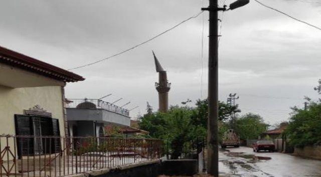 Ankara'yı fırtına vurdu