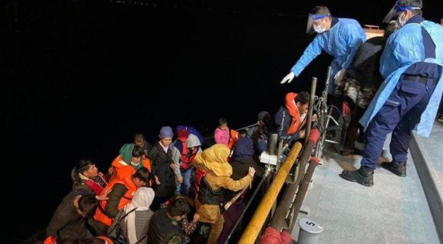Çanakkale açıklarında Türk kara sularına itilen 29 sığınmacı kurtarıldı
