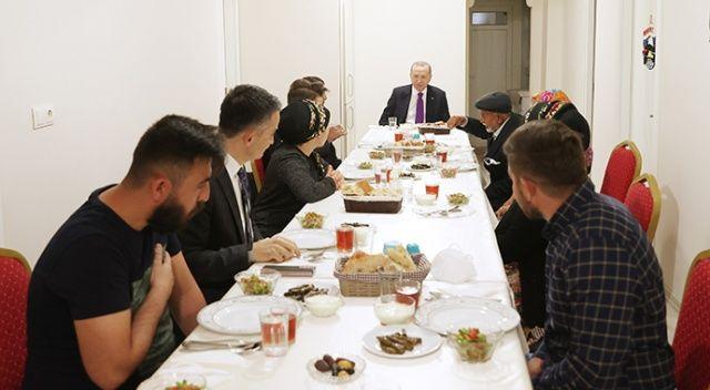 Erdoğan, hayvancılıkla uğraşan bir aileye iftarda konuk oldu