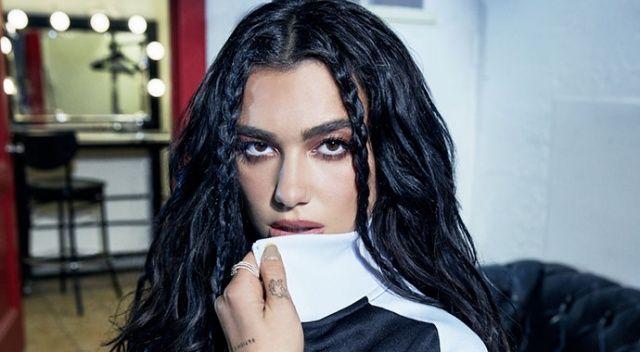 Dünyaca ünlü şarkıcı Dua Lipa'dan Filistinlilere destek