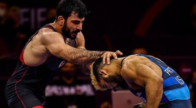 Tokyo Olimpiyatları elemelerinde Fatih Cengiz yarı finale yükseldi