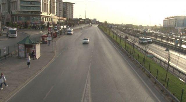İstanbul'da haftanın ilk gününde yollar boş kaldı