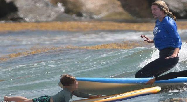 Ivanka Trump kullandığı sörf tahtasıyla oğlunun kafasına çarptı