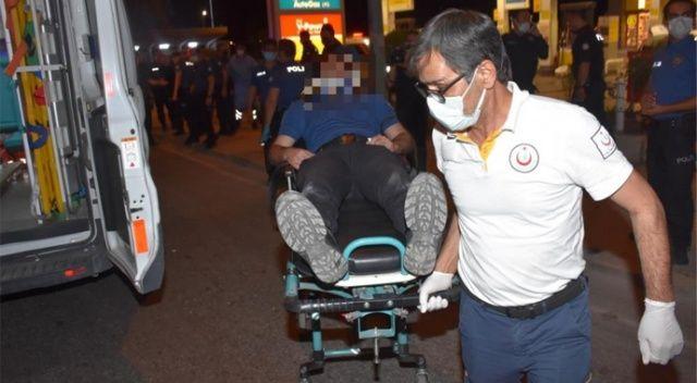 İzmir'de nefes kesen kovalamaca: Polis otosuna çarpıp kaçtı