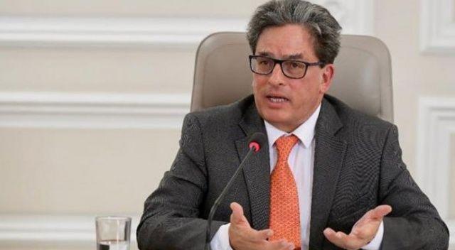 Kolombiya'da Maliye Bakanı görevinden istifa etti