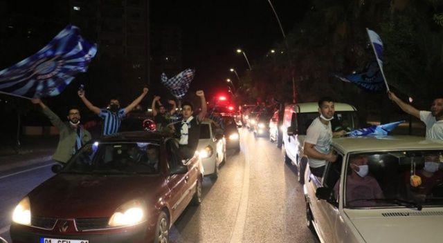 Korona konvoyu! Süper Lig sevinci kısıtlamayı unutturdu