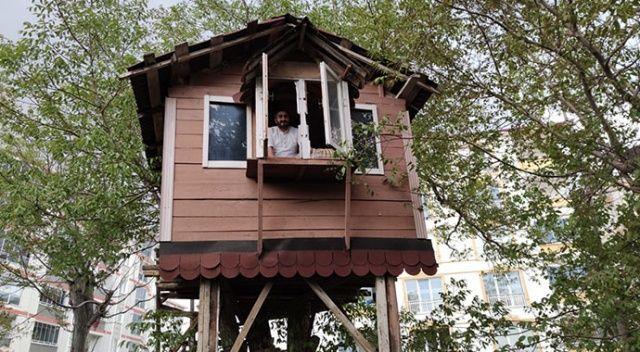 Koronavirüsten korunmak için ahşap ev inşa ettiler