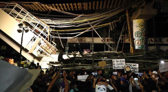 "Meksika'da metro kazası protesto edildi: ""Kaza değil, ihmaldi"""