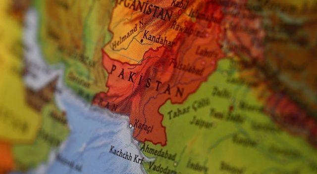 Pakistan'da bombalı saldırı sonucu 2 asker öldü