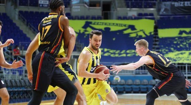 Pota derbisini Fenerbahçe farklı kazandı