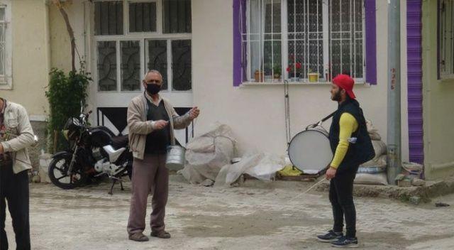 Ramazan davulcuları bahşişlerini toplamaya başladı