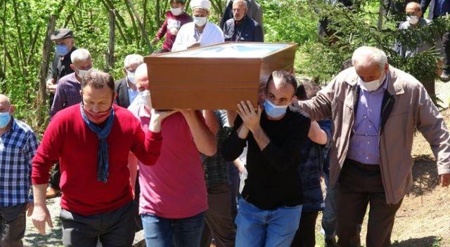 Renate 'Emine' oldu, vasiyeti üzerine Trabzon'a defnedildi