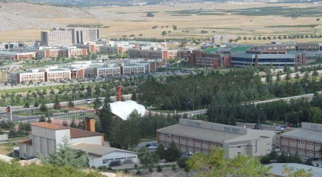 Süleyman Demirel Üniversitesi 34 öğretim üyesi alacak