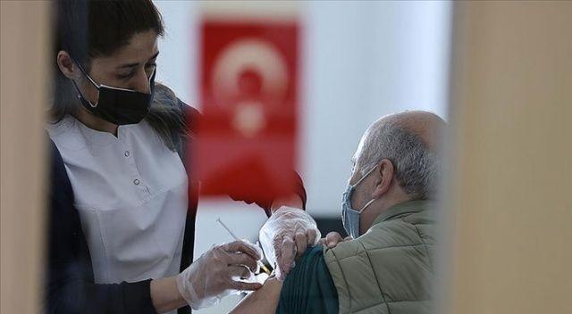 Türkiye'de iki doz aşı yaptıranlar 10 milyonu aştı