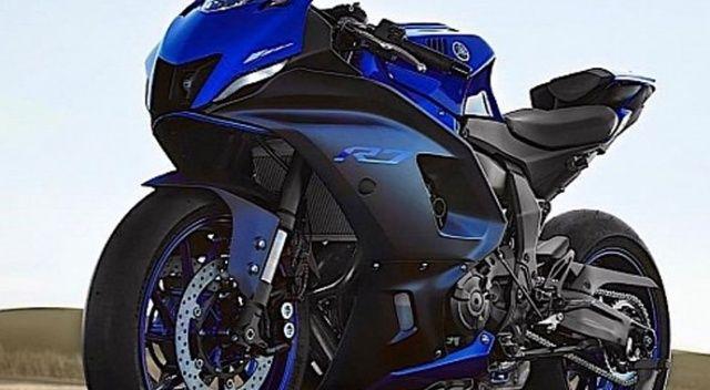 Yamaha YZF-R7  yüzünü gösterdi